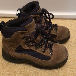 LL BEAN BOYS GIRLS HIKING BOOTS
